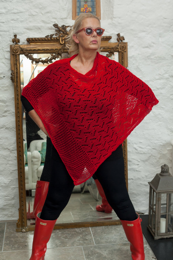 Poncho CROCHET STYLE KNITTED PONCHO - Vera Tucci OriginalsAccessories RED