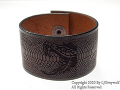 The Viper Hand Carved Leather Bracelet In Antique Saddle