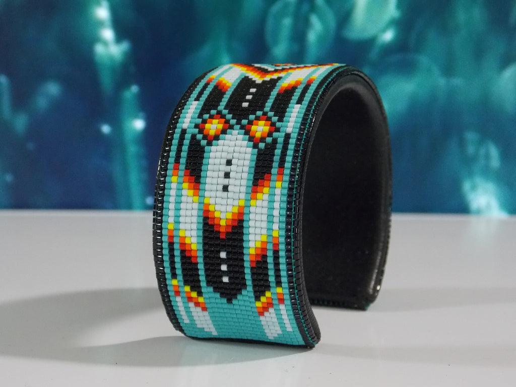 Turquoise Chevron Native American Beaded Bracelet
