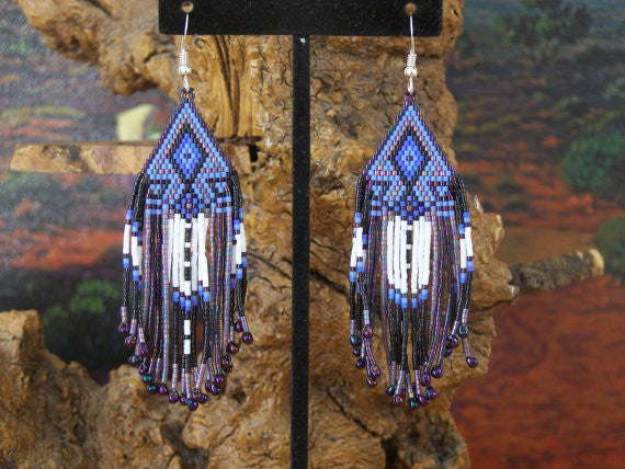 Cherokee Beaded Purple Lavender Arrowhead Earrings 1