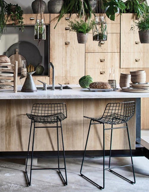 Metal Framed Bar Stool in Black