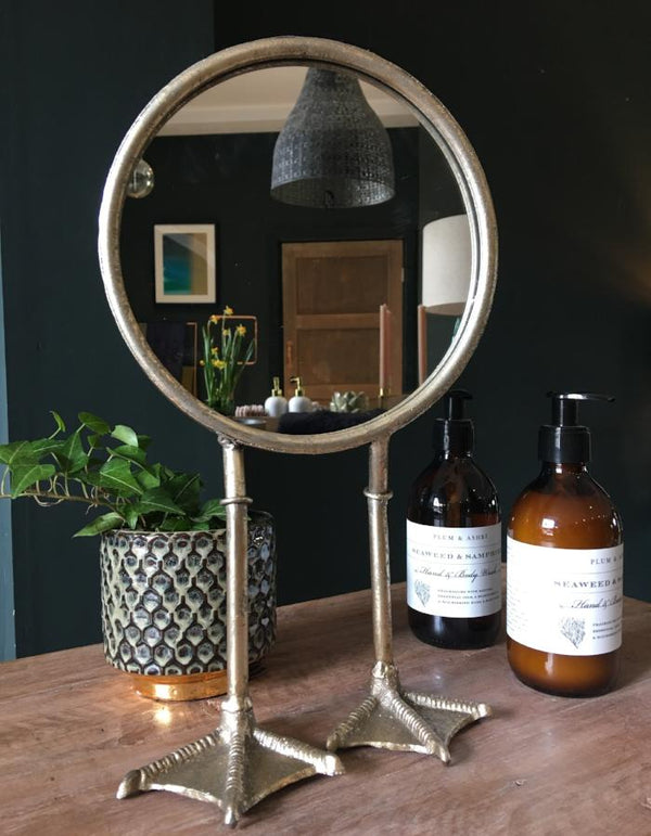 Duck feet Vanity mirror