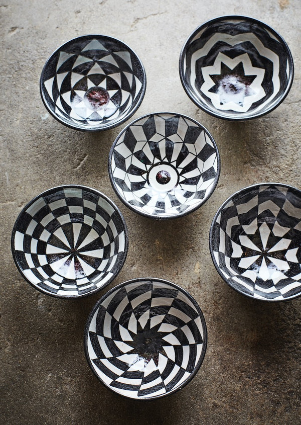 Set of Six Black and White Chequered Bowls. PRE ORDER LATE APRIL