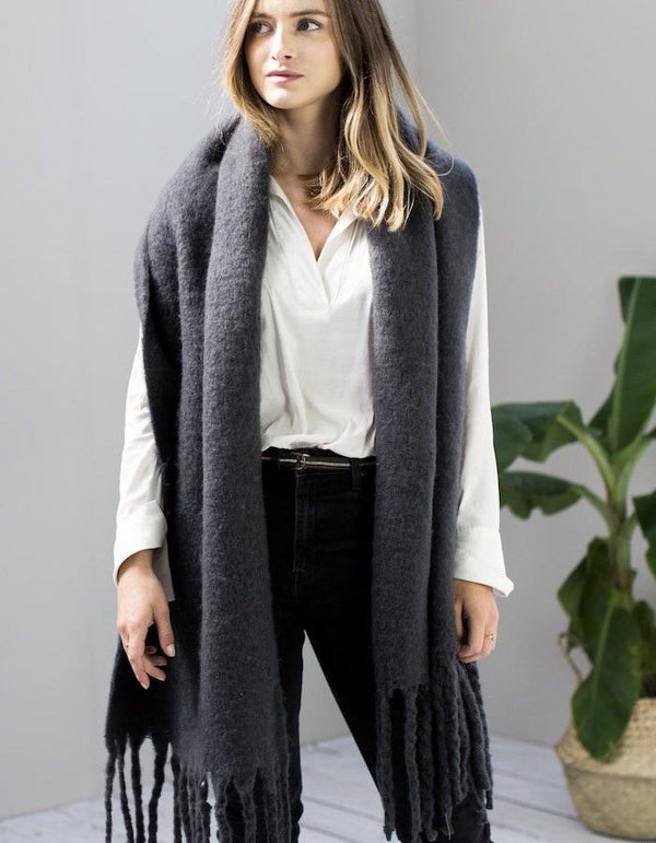 Grey Blanket Scarf With Tassel
