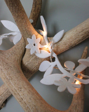 Felt Flower Fairy Lights - The Forest & Co.