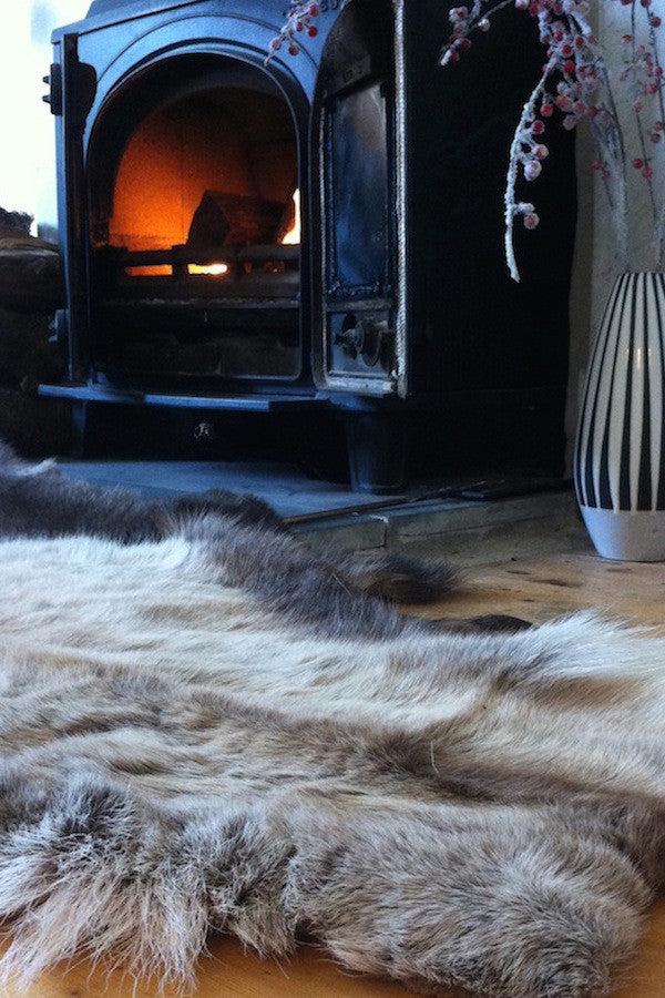 Thick & Luxurious Reindeer Skin - The Forest & Co.