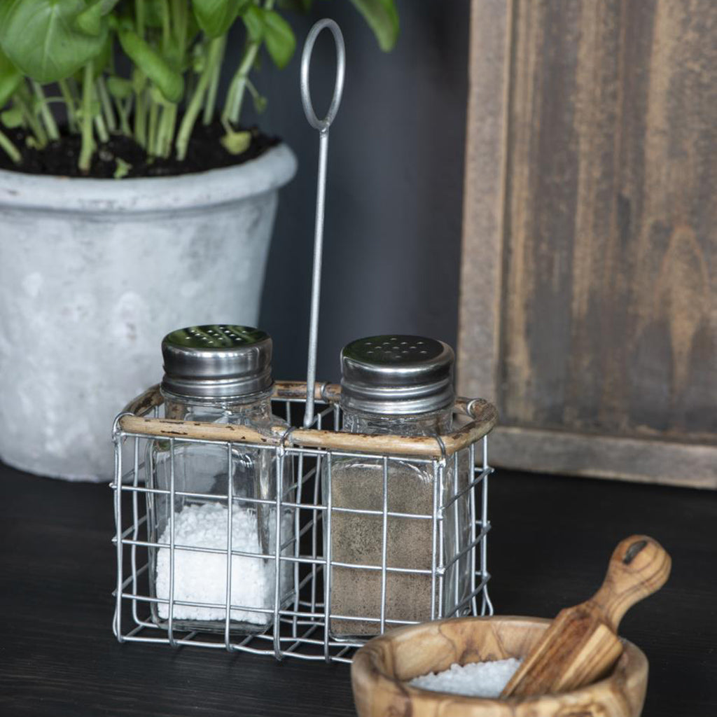 Wire & Bamboo Handle Salt & Pepper Holder