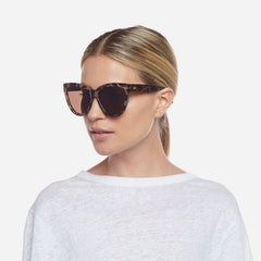 Le Specs Liar Liar Sunglasses in Volcanic Tort