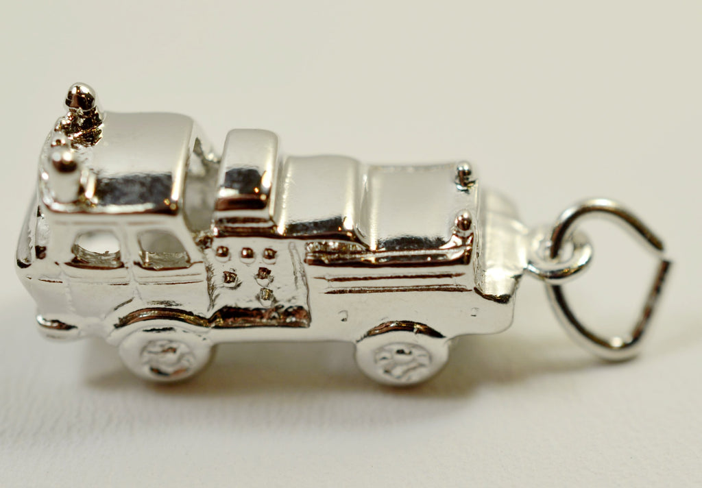 Sterling Silver Firetruck High Polish <br>1707</br>