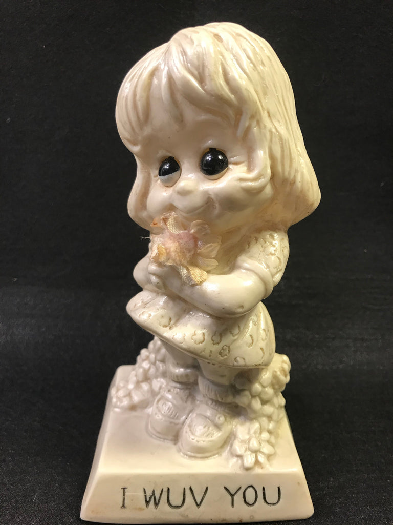 Vintage Berries Sillisculpt Figure I Wuv You Valentine Love Mothers Day - Cabin Fever Purveyors