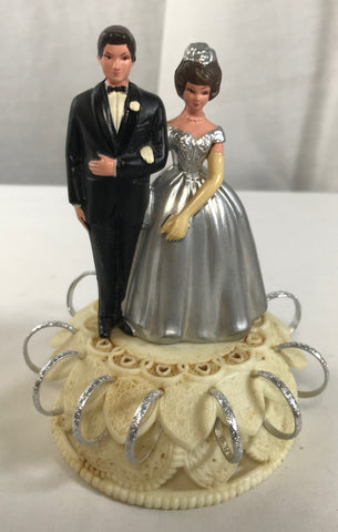 Vintage Wilton Chicago 43 Wedding Cake Topper Plastic Bride Groom Silver Rings - Cabin Fever Purveyors