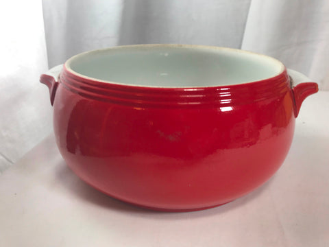 Hall's Superior Quality Kitchenware Chinese Red 2 Quart Casserole Handled - Cabin Fever Purveyors