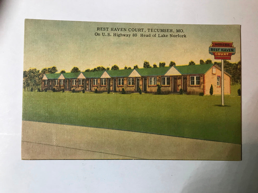 Tecumseh MO Rest Haven Court Postcard Unposted Linen 1950s Lake Norfork HWY 80 - Cabin Fever Purveyors
