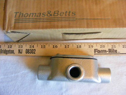 "Thomas & Betts T17CG-TB BlueKote 1/2"" Rigid Conduit Body w/Cover & Gasket Lot of"