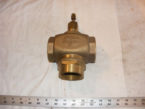 "Honeywell 2"" V5013n 1097 2 or 3 way direct plug linear flow VALVE NPT threaded"