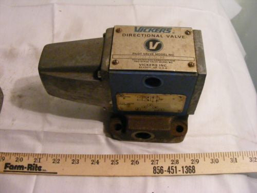 Vickers Directional Valve 297238DC4S4012A50 Pilot Valve With Subbase