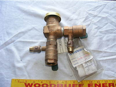 "Watts 109358 800M4FR 3/4"" Freeze Resistant Vacuum Breaker Bronze"