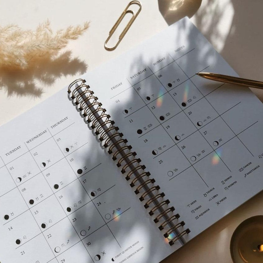 Moon Planner 2021 - Moon Magic