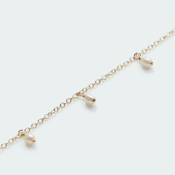 Necklace with Tiny Pearls