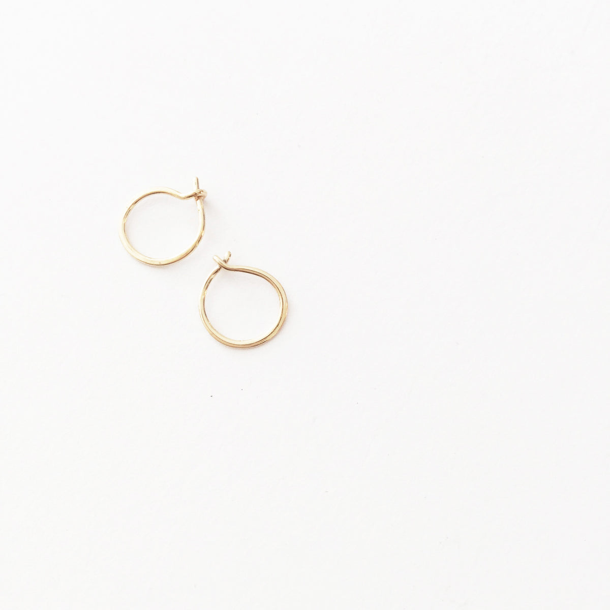 Tiny Hoop Earring - Pair (5609989895)