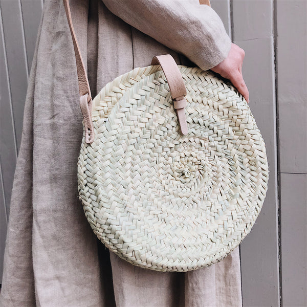 Little Round Straw Bag with Leather Closure
