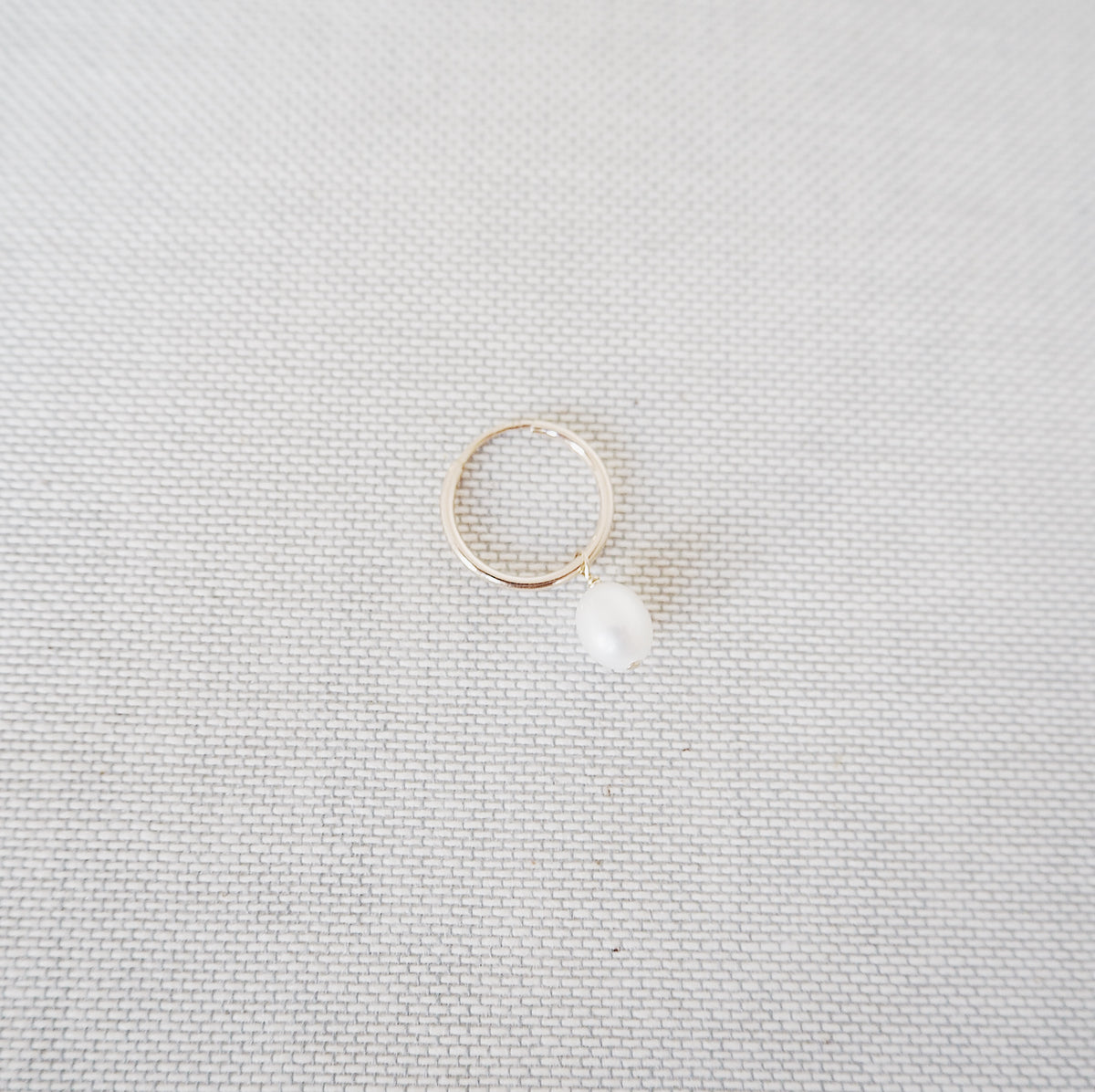 Hoop with Large Pearl - Single