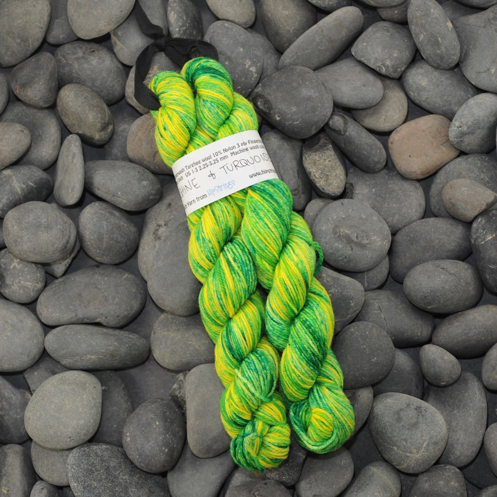 Double Minor SW Targhee Nylon Sock Yarn - Sunshine and Turquoise - 100g