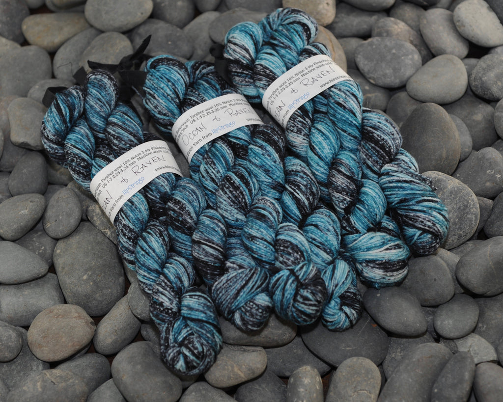 Double Minor SW Targhee Nylon Sock Yarn - Ocean and Raven - 100g