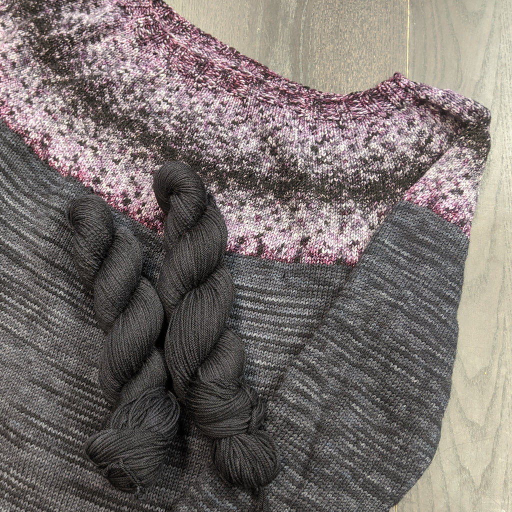 Raven on Targhee Sport Yarn - 100 g