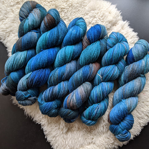Convergence on Targhee Sport Yarn - 100 g