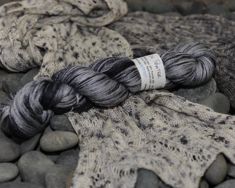 Zephyr Lace - Raven on Pewter - 100g