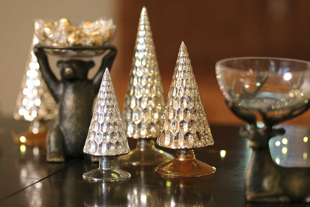 Set of 3 Glass Holiday Trees