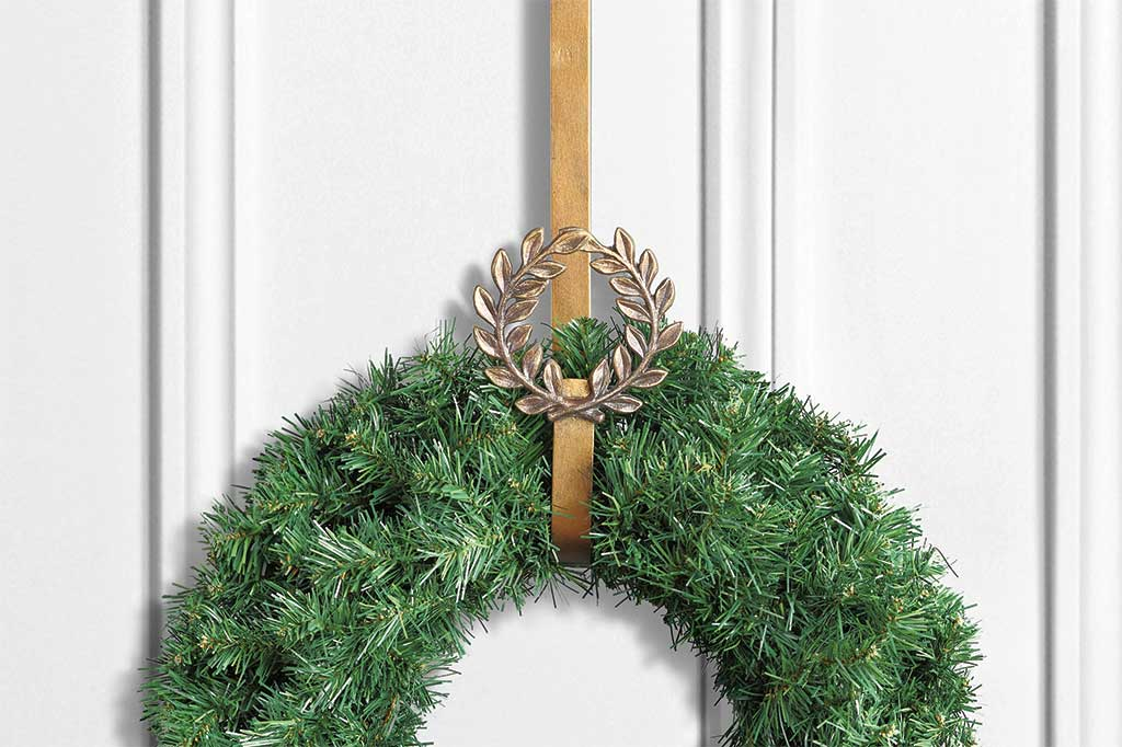 Laurel Leaves Wreath Hanger