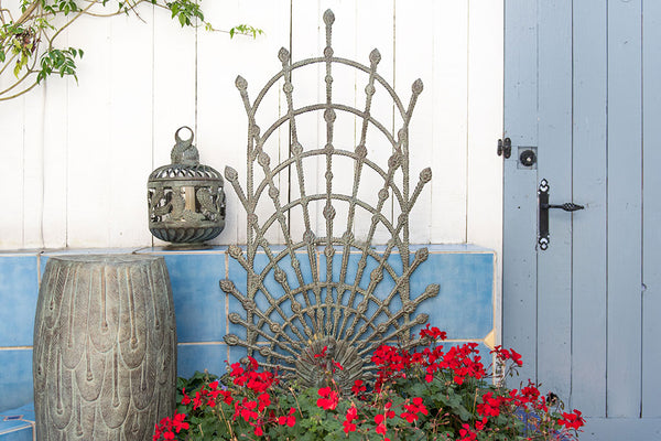 Peacock Garden Trellis (Verdi or White Finish)