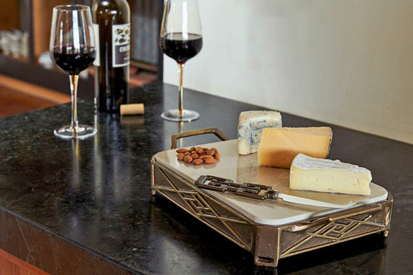 Ming Cheeseboard with Knife