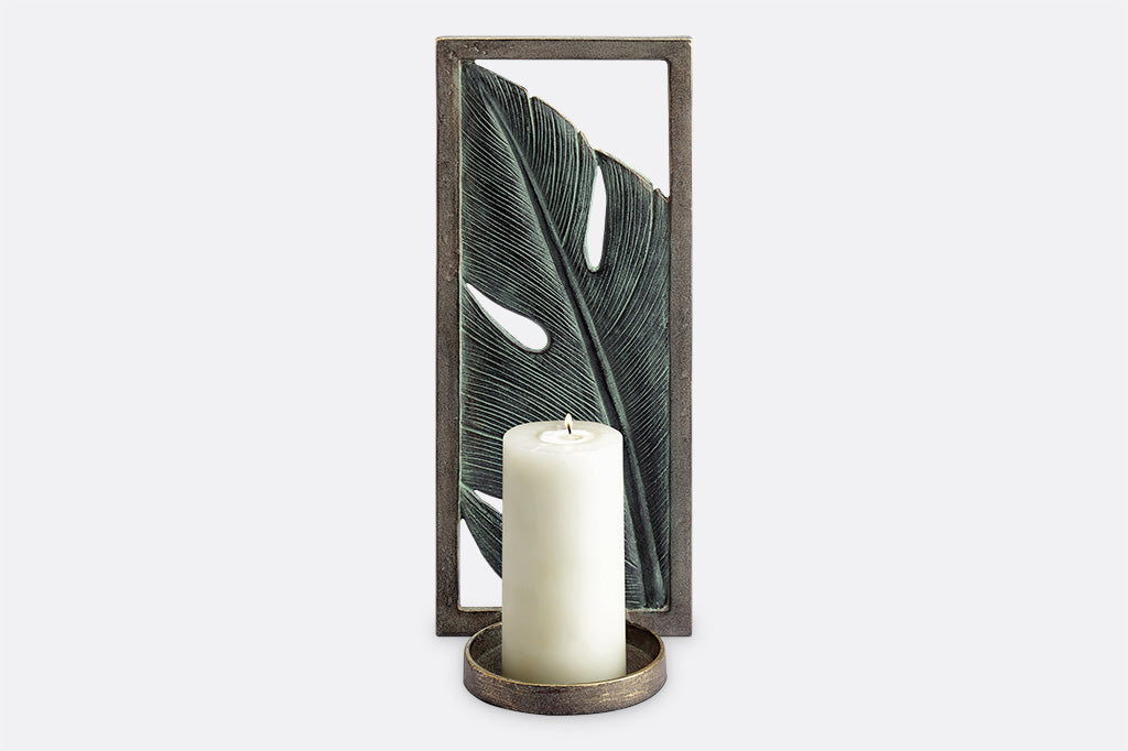 Monstera Sconce