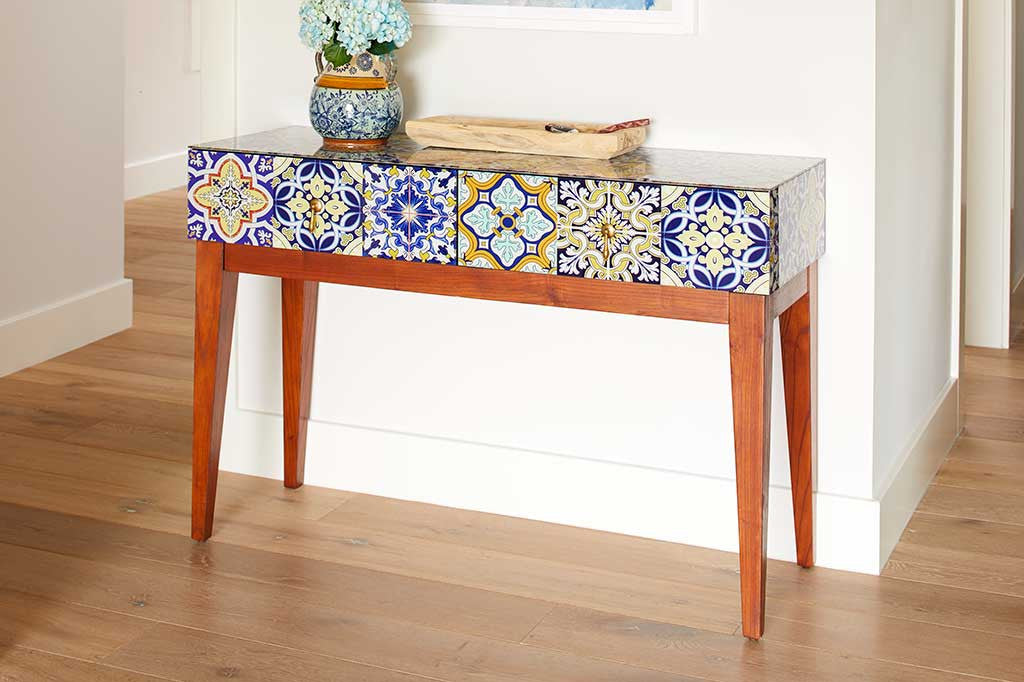 Piastrelle Console Table