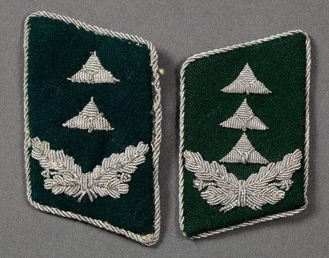 Unmatched Set of WWII German Luftwaffe Officer's Collar Tabs