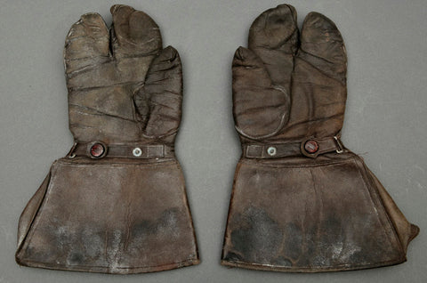 WWII German Brown Leather Gauntlet Style Gloves