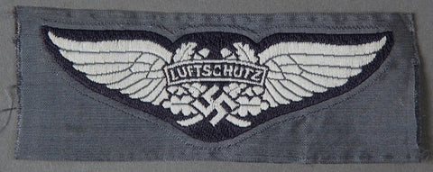 Interesting Luftschutz Cap Insignia
