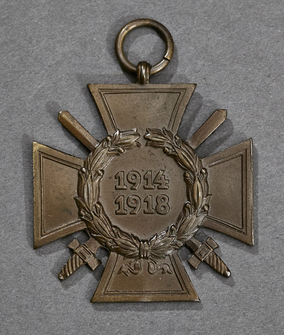 WWI German Cross of Honor 1914-1918 (Ehrenkreuz 1914-1918) with Swords