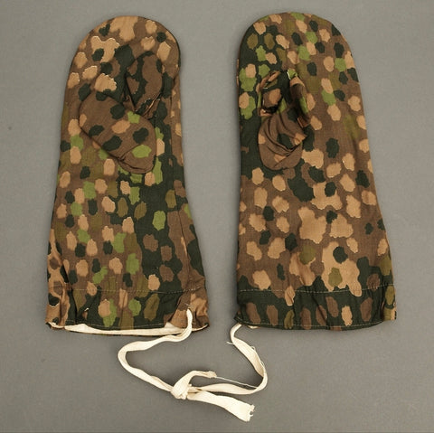 Excellent Waffen SS Three Finger Camouflage Gloves