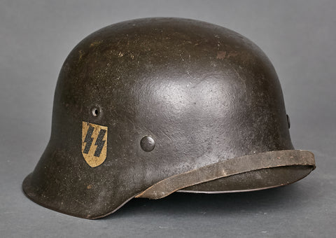 SPECTACULAR SS Model 1942 Single Decal Helmet, Canadian Veteran Bring Back