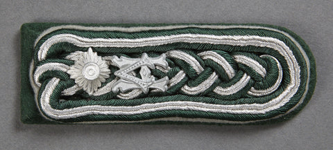WWII German Army Administration NCO Shoulder Board