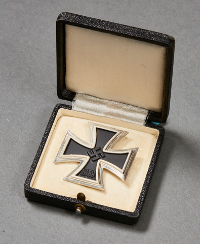 WWII German Iron Cross 1st Class, Cased, CHOICE MINT