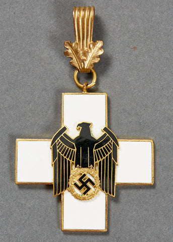 German WWII First Class Social Welfare Neck Award