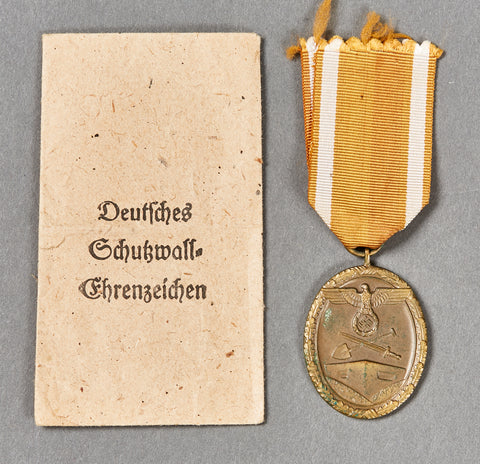 WWII German West Wall Medal w/Issue Packet