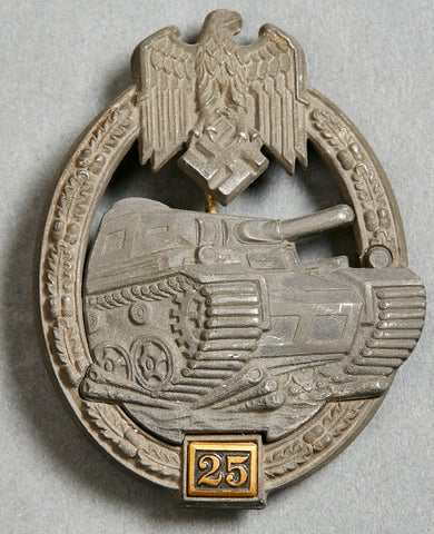 WWII German Tank Battle Badge in Silver, for 25 Days in Actual Combat, by Gustav Brehmer