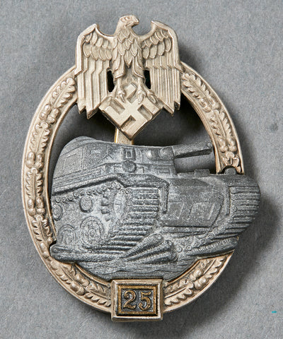 German WWII Silver Tank Assault Badge for 25 Days Engagement