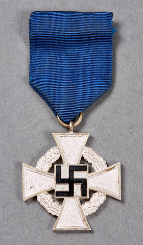WWII German Civil Service Faithful Service Medal in Silver